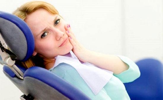 Как лечить флюс на щеке (периостит) и причины его появления