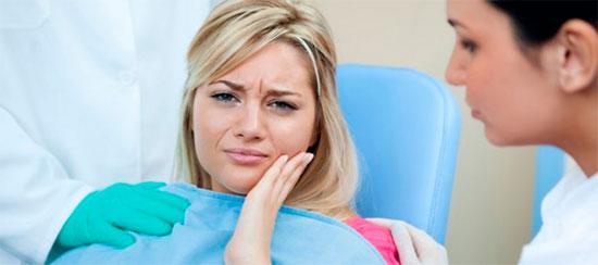 Как лечить флюс на щеке и причины его появления