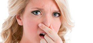 Запах йода изо рта: причины у взрослого и ребенка