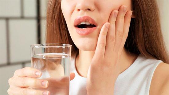 Почему болит депульпированный зуб при надавливании