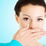 Сладковатый запах изо рта: причины