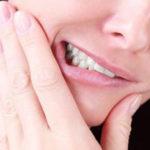Зуб мудрости растет и болит – что делать