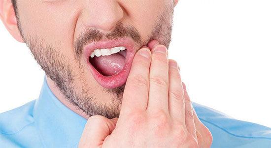 Прорезывание зуба мудрости - как убрать неприятные симптомы